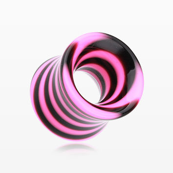 A Pair of Beetle Maze Swirl Acrylic Ear Gauge Tunnel Plug