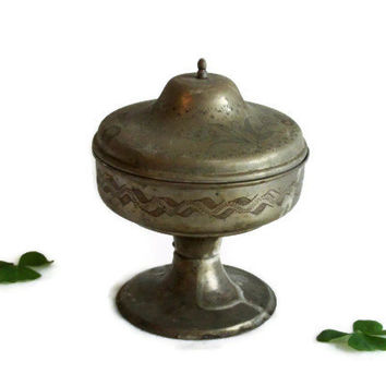 Bowl with lid, vintage brass, ETCHED flowers. Pedestal & knob. Floral etching. Unique OLIVE green pot. Handmade rustic container, home decor