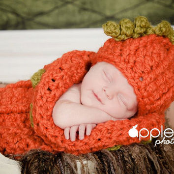 Crochet Pattern for Halloween Chunky Pumpkin Beanie Hat and Baby Cocoon - 0-3 months - Welcome to sell finished items