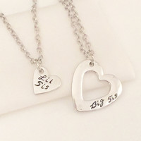 "Sisters Set ""Big Sis"" & ""Lil Sis"" Heart Charms Pendant Necklace"