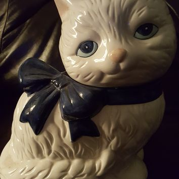 Vintage Kitten Cookie Jar