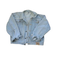 Vintage Lightwash Denim Jacket // Fits Size Small or Medium