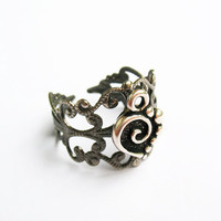 Heart with Swirl Ring  - Gunmetal Vintage-Style Filigree Ring with Antiqued Silver Heart Charm, Adjustable