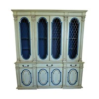 Pre-owned Mid-Century Karges Country French Breakfront Hutch