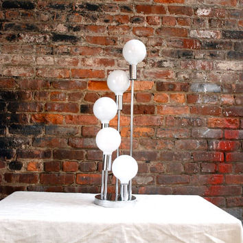Vintage Atomic Table Lamp by WednesdaysPickUp on Etsy