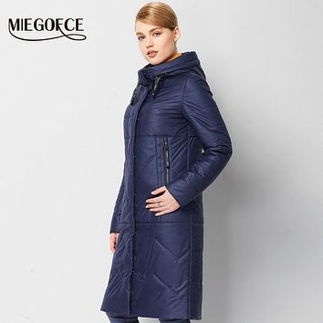 Spring Women Parkas jackets With Hood Warm High-quality Thin Cotton-padded Jacket European Windproof Women Quilted Coat MIEGOFCE