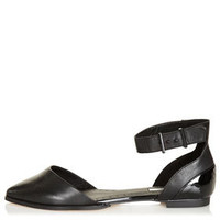 KOUPLE 2 Part Buckle Shoes