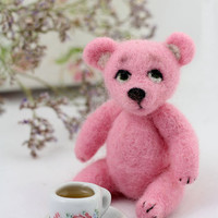Pink felt bear, mini bear, needlefelted toy bear, Valentine's day pink gift.