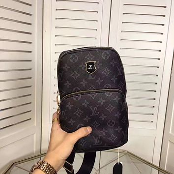 LV Louis Vuitton MEN'S NEW FASHION MONOGRAM LEATHER CHEST PACK CROSS BODY BAG