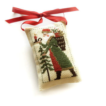Christmas ornament, Christmas tree decor, christmas gift, Santa pillow, Completed finished primitive americana decor ornament