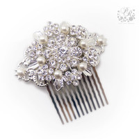 Swarovski Pearl & Rhinestone Bridal hair comb hair accessory Wedding tiara
