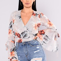 Springing Forward Floral Top - Grey/Floral