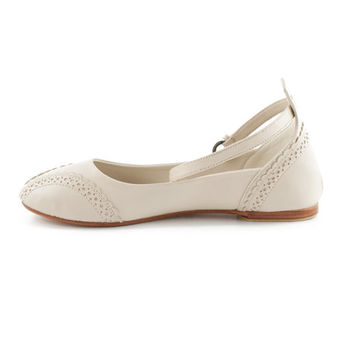 Womens shoes | leather flats | ballet flats | Giselle ivory