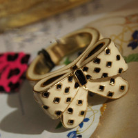 Black Polka-dots Bow
