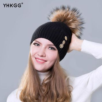 2016 Latest Fashion Solid Color Elegant And Generous Lady Cashmere Hat Style Buttons Beanies Gorros