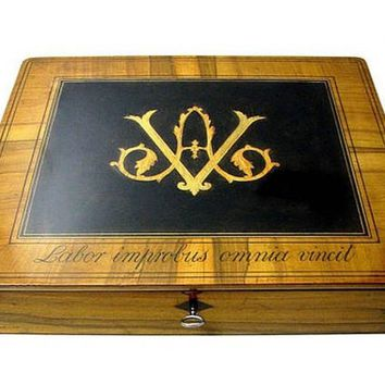 BOX/Clipboard Monogram from the early 19th century