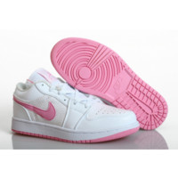 Nike Air Jordan 1 - Women's sports shoes