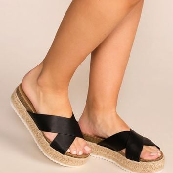 No Problem Black Slide-On Platform Sandals