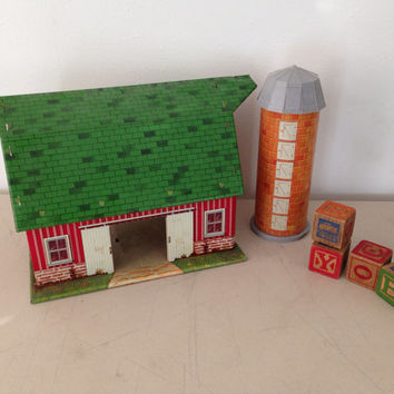 Vintage farm and silo litho tin play set Marx toys from the 1960s