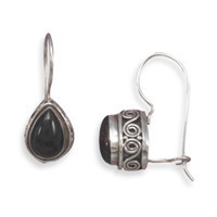Black Onyx with Scroll Side Design Wire Earrings