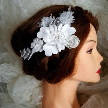 Lace hair, Bridal Lace Hair Comb, Wedding Headpiece, Bridal Lace Ivory Beaded Comb, Lace hair, Wedding Hair, Bridal Hair, Hair, Accessories