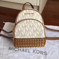 Michael Kors MK Arrival Bag Couple Shoulder Bag Student Bag Lightwight Backpack Womens Mens Bag Travel Bags