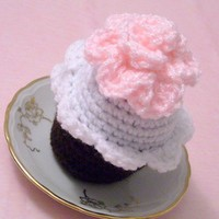 Crocheted cupcake pin cushion with pink flower | Crochetedlittlethings - Needlecraft on ArtFire