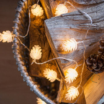 Pinecone Battery Fairy Lights