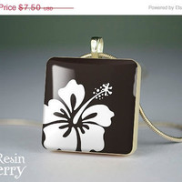 ON SALE: flower scrabble tile pendant,art jewelry,resin pendant,black & white- T0520SI