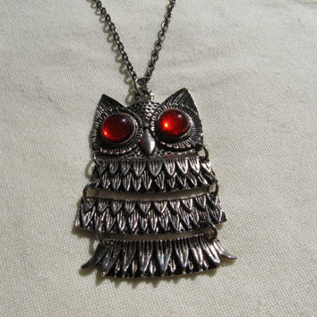 1960s-70s Moveable Owl Necklace