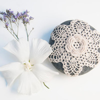 crochet lace stone // rosette // river rock // cottage chic // Wedding decor // ring bearer pillow / /valentine gift for her// bowl element