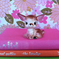 Cute, kitsch fawn figurine!! Vintage, china, made-in-Japan Bambi!