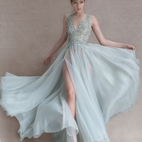 Prom Dresses Long with Deep V Neck Lace Appliques Beading Sequins Side Slit Vestidos