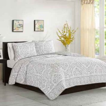 Intelligent Design Nessa Comforter Set in Grey