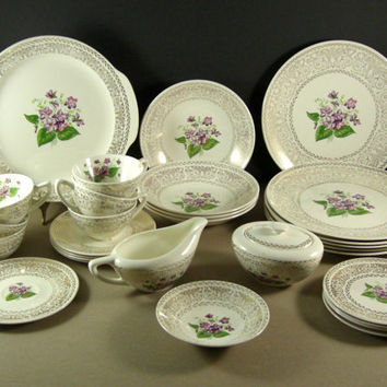 Cunningham Pickett Spring Violet China / 30 Pieces / 22kt Warranted