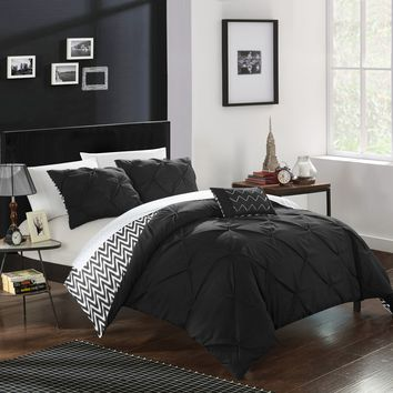 Chic Home 4-Piece Erin Pinch Pleated, REVERSIBLE Chevron Print ruffled and pleated complete King Comforter Set Black Shams and Decorative Pillows included