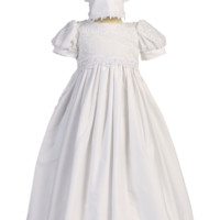 Girls Floral Embroidered Christening Gown w. Lace Appliques 0-18m