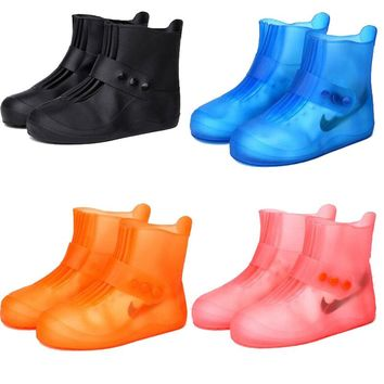 2018 new fashion rain boots waterproof rain boots non-slip padded water shoes rain days tube men and women children shoe covers
