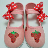 Size 10 toddler ready to ship sparkly strawberry by Snanimals