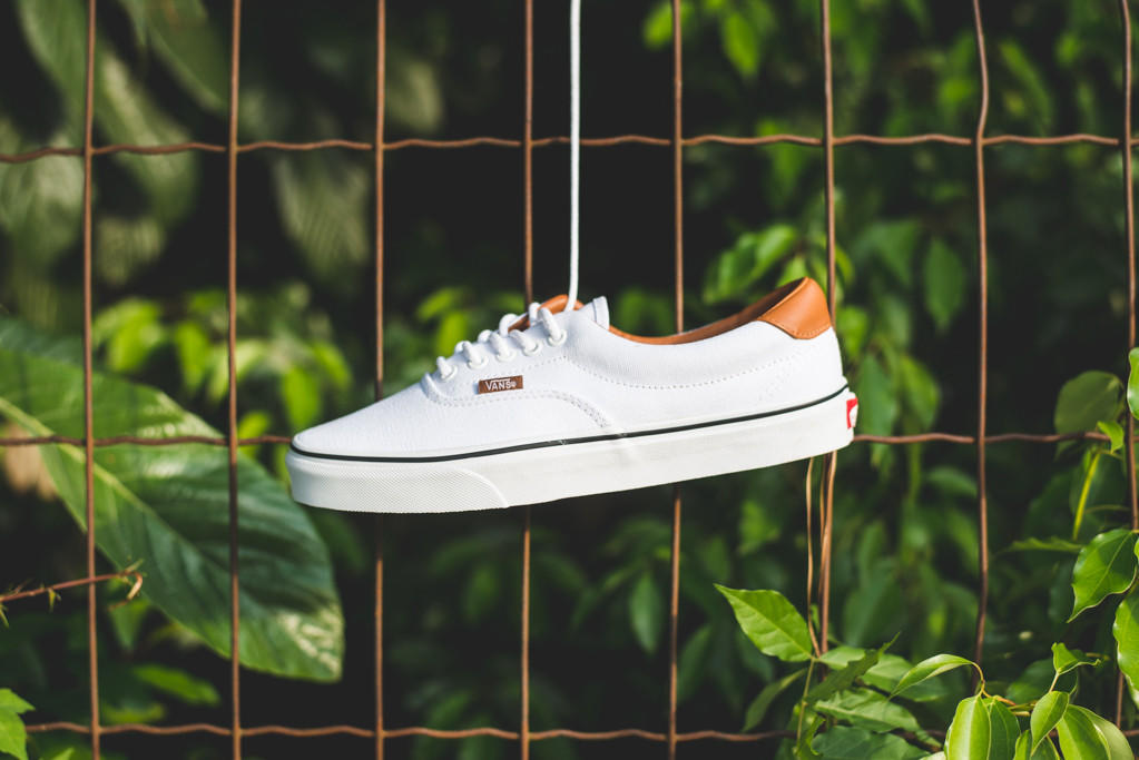 vans era 59 dolphin true white
