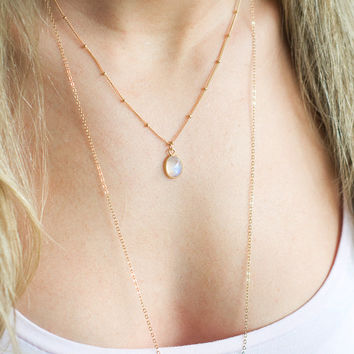 Rainbow Moonstone Necklace, Moonstone Pendant, Satellite Chain, Satellite Jewelry, 14k Gold Filled Necklace, Dainty Gold Necklace, Dew Drop