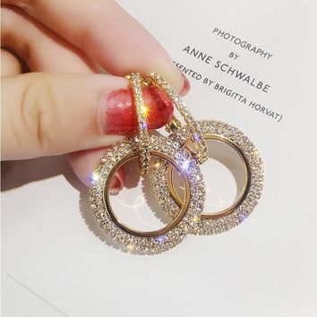 New design creative jewelry high-grade elegant crystal earrings round Gold and silver earrings wedding party earrings for woman