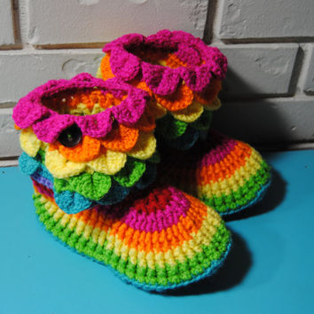 Womens Crochet Slippers, Slipper Boots, Womens Boots, House shoes, ladies slippers, crochet boots, womens booties, size 9-10 Womens Rainbow