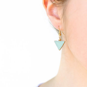 Pastel mint triangle dangle earrings. Polymer clay earrings Geometric earrings. Everyday earrings.