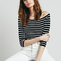 Intimately Womens Off The Shoulder Striped Seamless Top