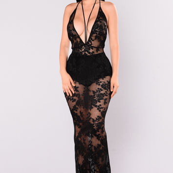 Beat The Heat Lace Maxi Dress - Black