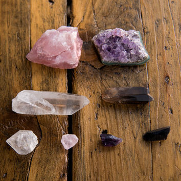 GOOD VIBES CRYSTAL Set - Raw Rose Quartz Smoky Quartz Amethyst Rose Quartz Gemstones  Decor Boho Chakra Natural Healing Stone Anxiety Reiki