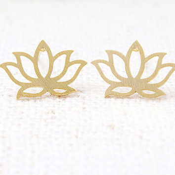 Gold Lotus Flower Stud Earrings, Zen Lotus Earrings, Minimalist Stud Earrings, Laser Cut Earrings, Cute Vintage Stud Earrings