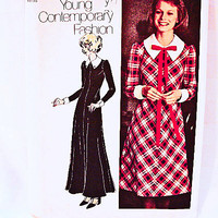 1970s Maxi Dress Pattern Misses size 12 Simpliciy Young Contemporary Fashion Dress Sewing Pattern