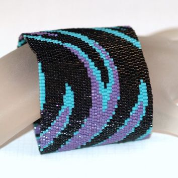 Swoosh ... Peyote Bracelet . Wide Cuff . Beadwoven . Abstract . Movement . Curves . Modern . Jet Black . Turquoise Blue . Plum Purple
